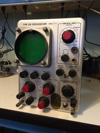 Tektronix 310 4 MHz Oscilloscope