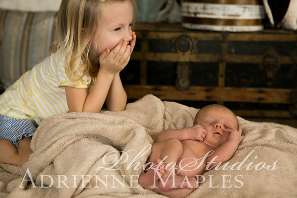 {newborn Oct12} Harris Family