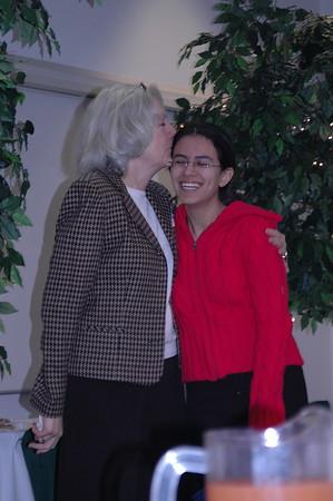 Islander mom's: Reunion best