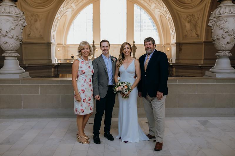 2018-10-04_ROEDER_EdMeredith_SFcityhall_Wedding_CARD1_0116.jpg