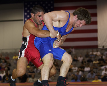 Men's Freestyle Championships 66Kg Doug Schwab (Gator WC) def. Chris Bono (Sunkist Kids)