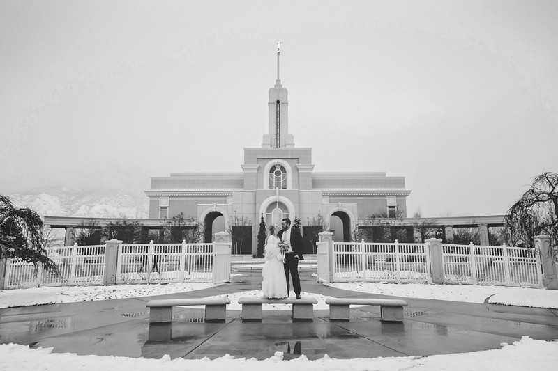 PortraitsTemple-06bw.jpg