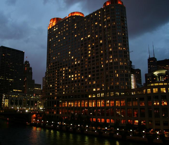 Chicago 046_book.jpg