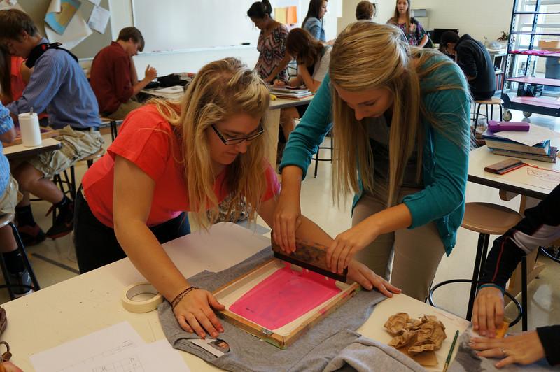 Lutheran-West-Art-Class-Silk-Screen-T-Shirts--September-2012--119.JPG
