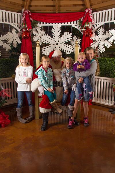 Santa 12-16-17-256.jpg