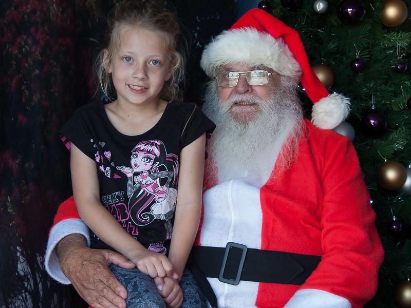 Santa Photos etc-16.jpg