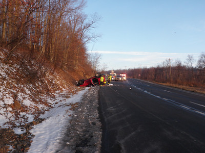 NEW CASTLE TOWNSHIP VEHICLE ACCIDENT 12-31-2010 PICTURES AND VIDEOS BY COALREGIONFIRE