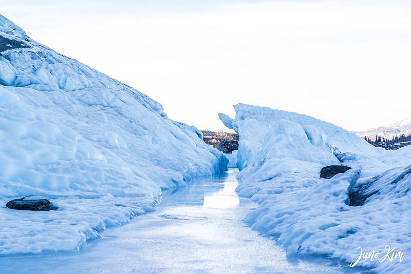 Matanuska Glacier_Karen-6105627-Juno Kim.jpg