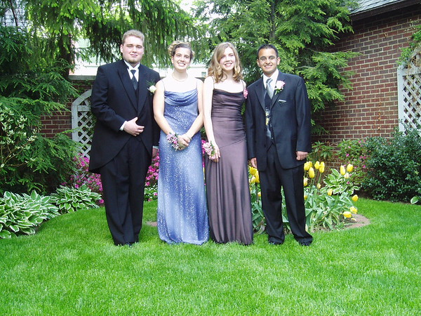 Images from folder Prom 2004