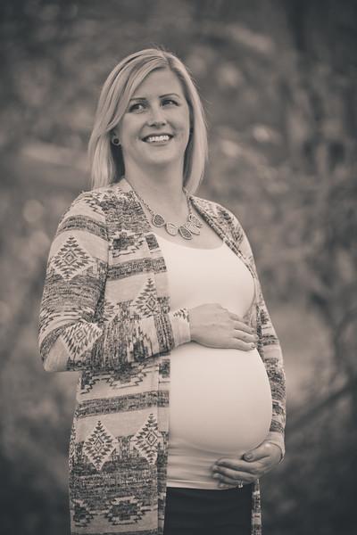 Mattice_Maternity_B&W_PRINT-16.jpg