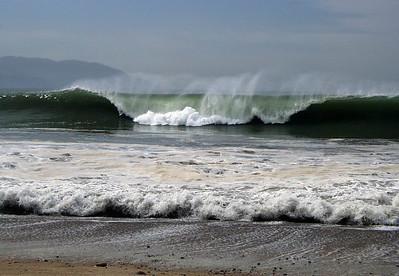 Waves of Vallarta