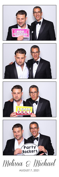 Alsolutely Fabulous Photo Booth 105524.jpg