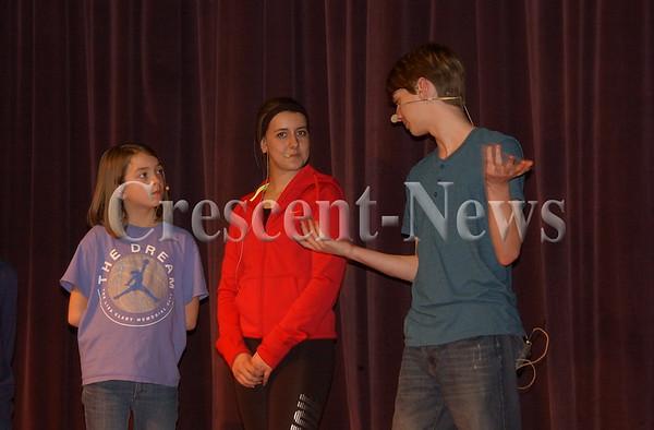 03-29-16 NEWS Holgate HS Mary Poppins Promo