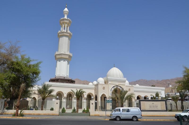 DSC_9733-al-sharif-al-hussein-bin-ali-mosque.JPG