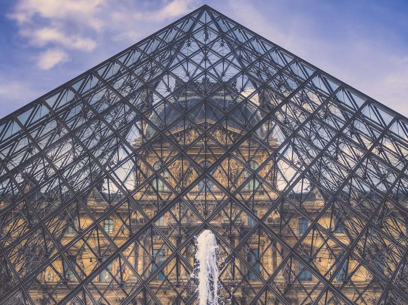 Louvre angled.jpg
