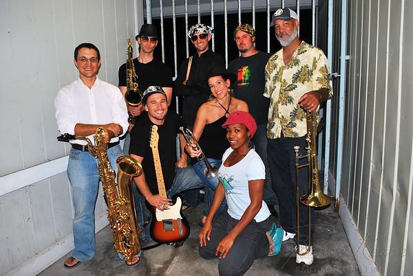 Bump City   - Funk Band Hawaii