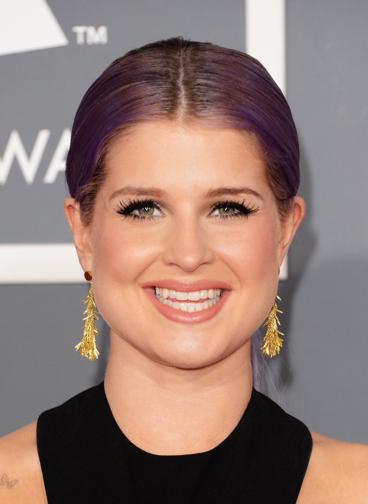 . TV personality Kelly Osbourne arrives at the 55th Annual GRAMMY Awards at Staples Center on February 10, 2013 in Los Angeles, California.  (Photo by Jason Merritt/Getty Images)