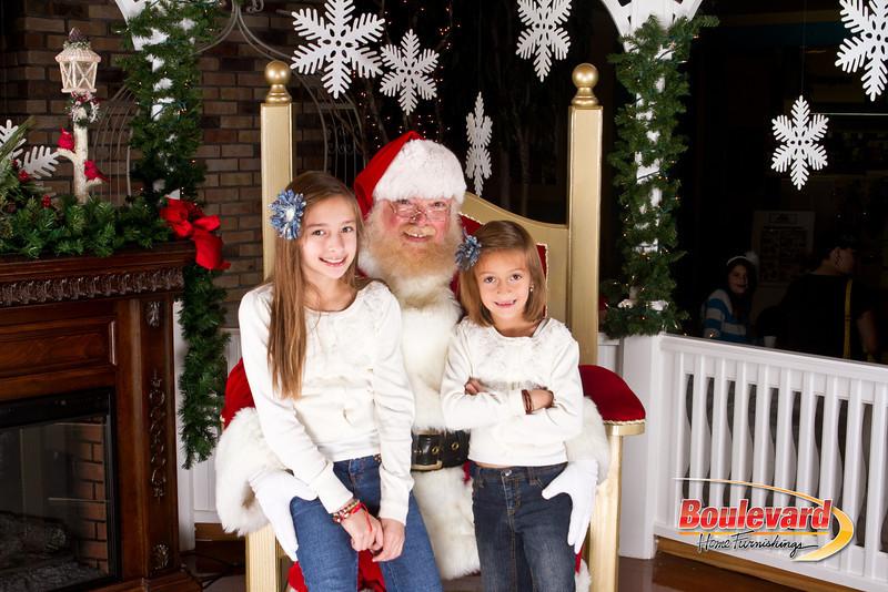 Santa Dec 8-141.jpg