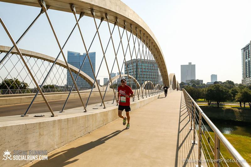 Fort Worth-Social Running_917-0049.jpg