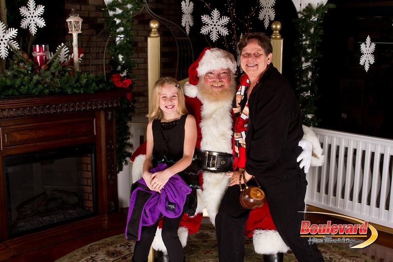 Santa Dec 15-303.jpg