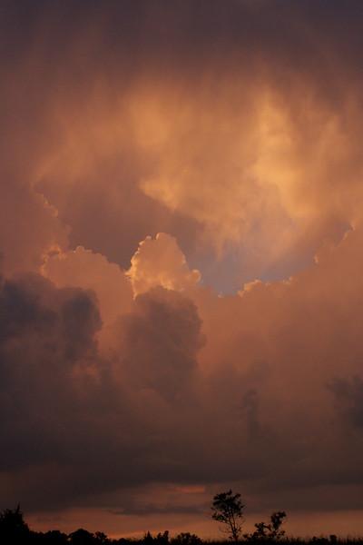 red-clouds-dawn_8777582215_o.jpg