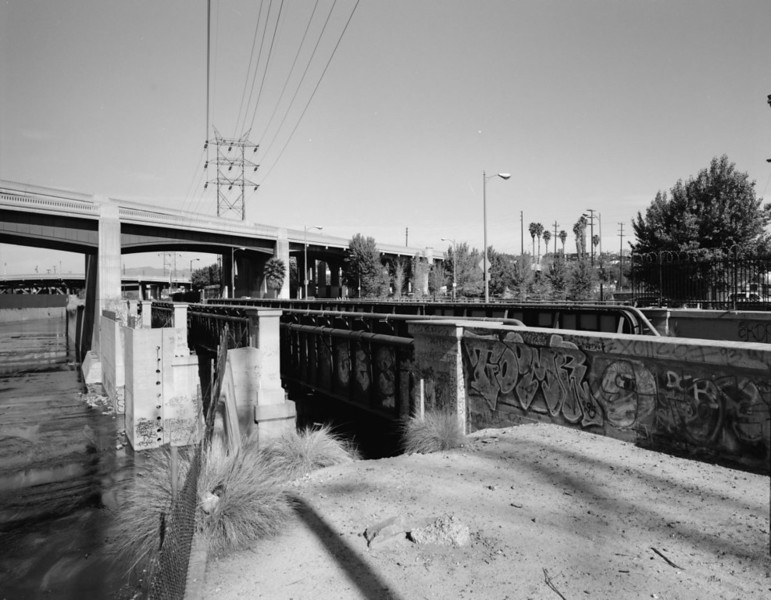 FIGUEROA-STREET-AND-LOS-ANGELES-RIVERVIADUCTS2.jpg