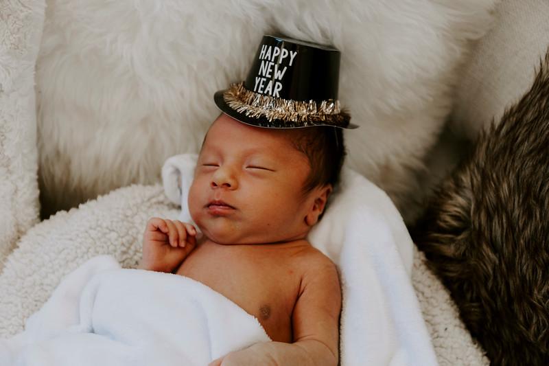 newborn-harrison_132.jpg