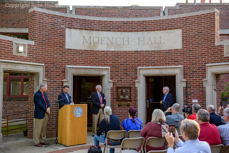 RHIT_Homecoming_2017_Moench_Bust_Dedication-21911.jpg