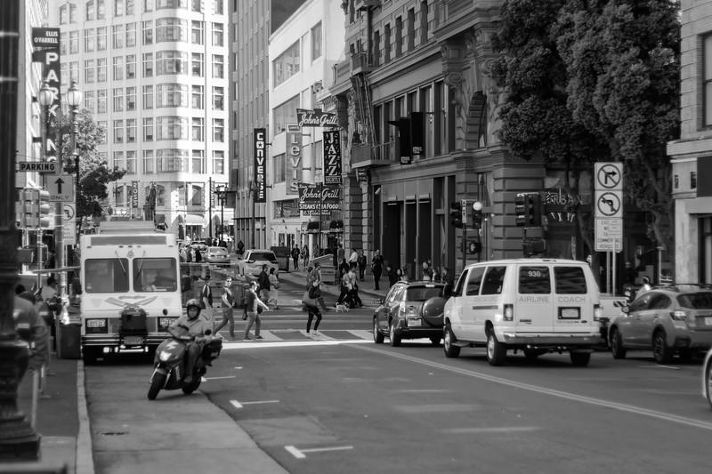 street photo 4 - bw.jpg