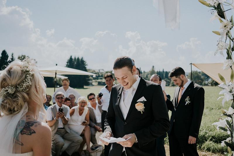 Tu-Nguyen-Wedding-Hochzeitsfotograf-Hochzeitsreportage-Neuwied-Bonn-Koblenz-Jan-Jessica-57.jpg
