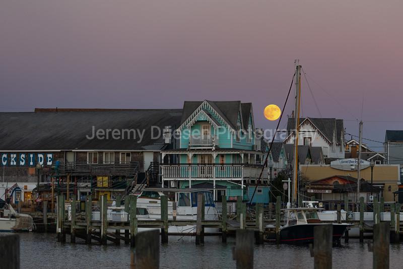 201129 OB Moonrise-35.jpg