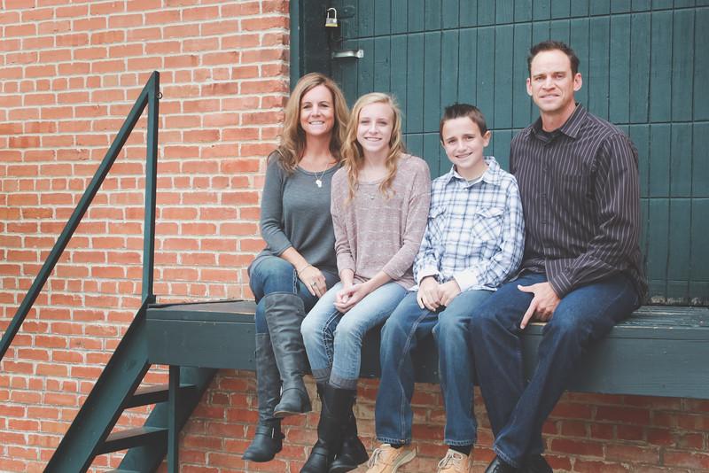 GORSKE FAMILY FALL MINI SESSION EDITED.JPG