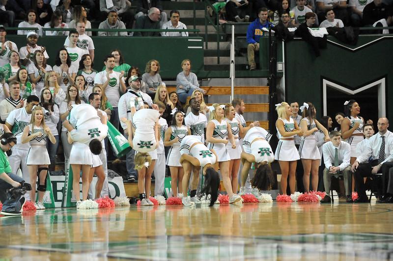 cheerleaders8981.jpg