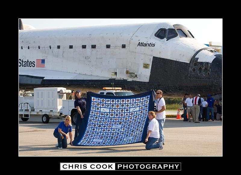 STS-135-landing-7.jpg