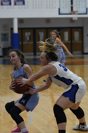 UCHS Lady Devil Basketball vs Hampton - December 2020