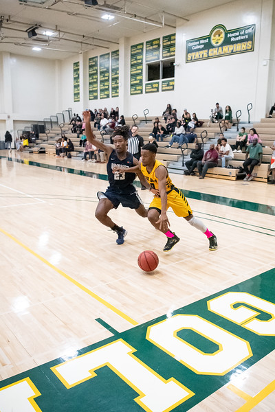 Basketball-M-2020-01-31-8713.jpg