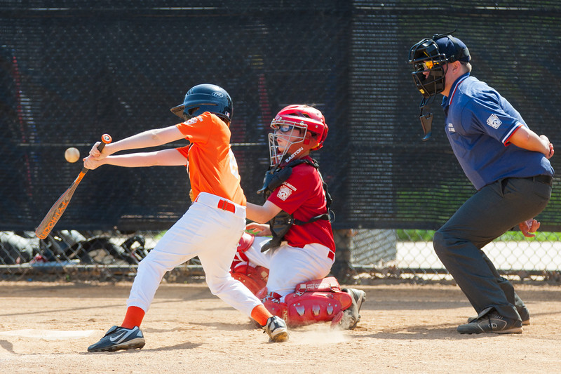 Christopher catching in the top of the 2nd inning. The Nationals struggled on both offense and defense in a 2-11 loss to the Orioles. They are now 7-4 for the season. 2012 Arlington Little League Baseball, Majors Division. Nationals vs Orioles (19 May 2012) (Image taken by Patrick R. Kane on 19 May 2012 with Canon EOS-1D Mark III at ISO 400, f4.0, 1/1000 sec and 210mm)