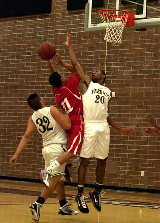Basketball Boys Varsity vs Agua Fria 1/6/2010