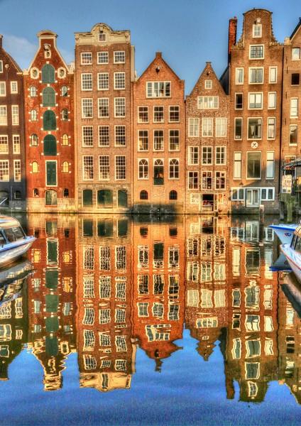 Damrak area - Amsterdam