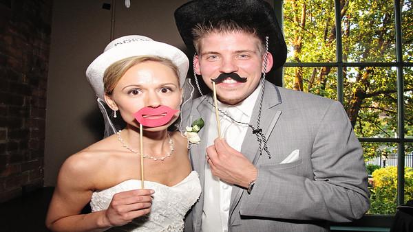 Laura & Milan Wedding Photo Booth HD Video