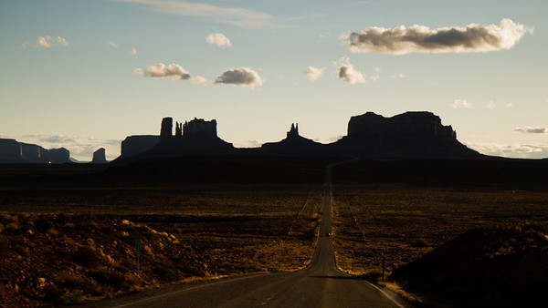 Monument Valley & Canyon de Chelly & Painted Desert & Petrified Forest