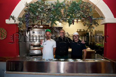 Chef Franco Mannarino with his Pizza Chef and 2nd Chef. R1435915