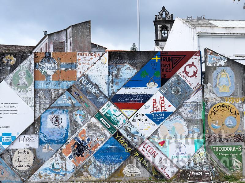 Malerei im Hafen von Horta, Glücksbringer für die Boote, Faial, Azoren, Portugal