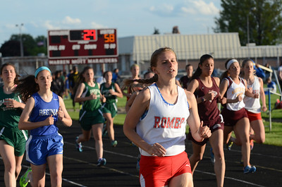 Girls' 1600 - 2014 Macomb Daily Meet of Champions