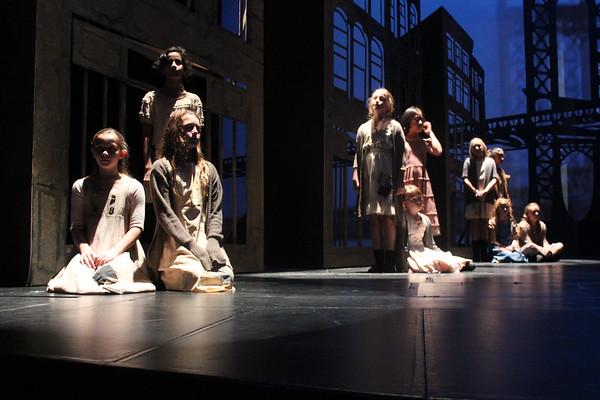 Delta Youth Theatre Annie 2017 Nov 28
