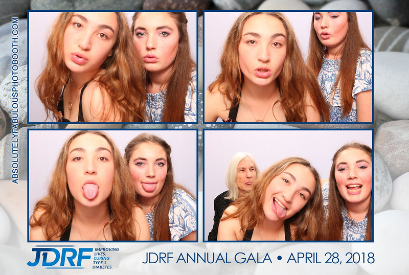 Absolutely Fabulous Photo Booth - 180428_222851.jpg