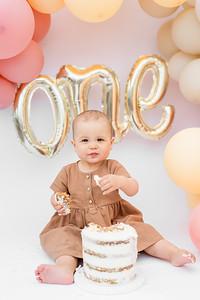 Emmie's 1st Birthday Cake Smash