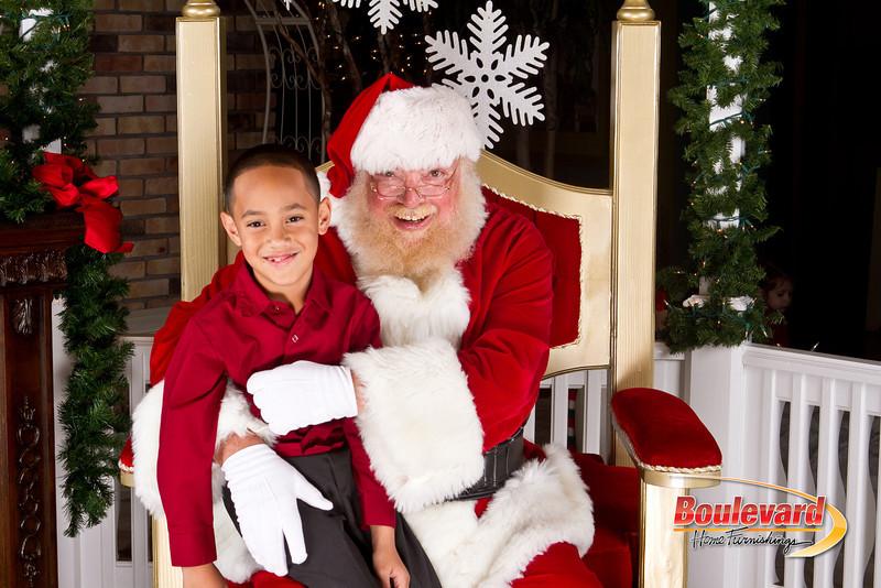 Santa Dec 8-33.jpg