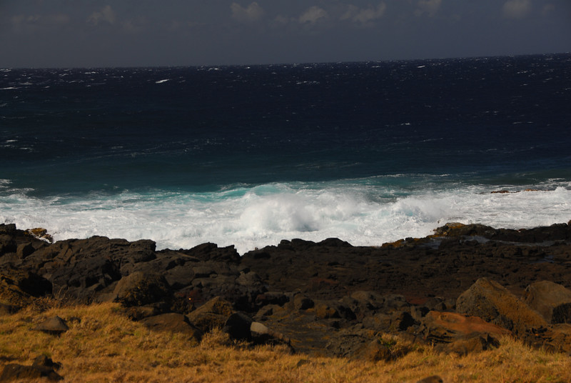 Strong ocean currents in South Point, Hawaii