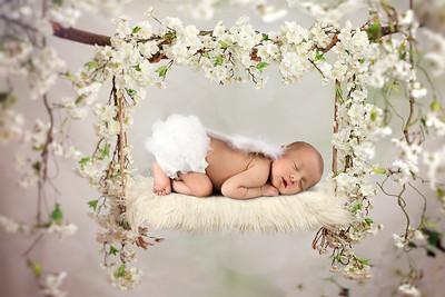 lydia newborn